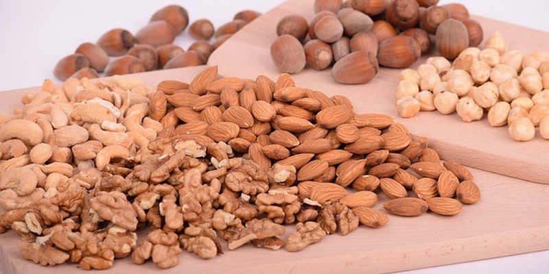 Nüsse gesund Kalorien Nährwerte